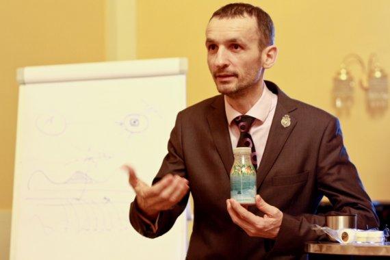 Gold Director Jozef Fila predstavuje výnimočnú Archeabaktériu v produkcii Dr. Nona